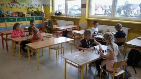 Dlaczego warto uczyć dzieci gry w szachy ?